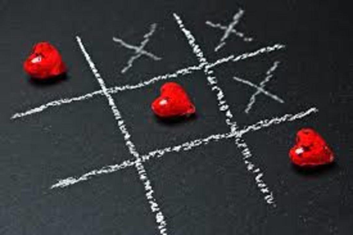 Heart Tic Tac Toe | PhloxADR