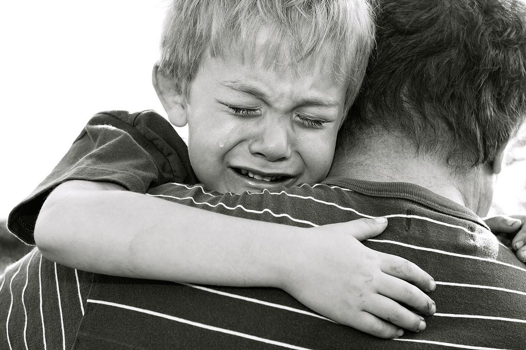 Damaged Children during Separation | PhloxADR
